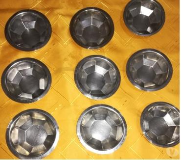 Fotos de VENDO 9 BOLES ACERO INOXIDABLE 188 12 cm. diámetro por 3.5