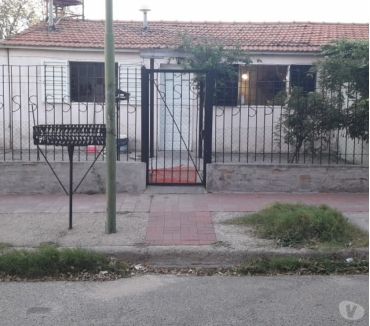 Fotos de Consultora Vende Casa en B° Félix Bogado
