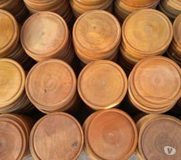 Fotos de Platos de madera para asado