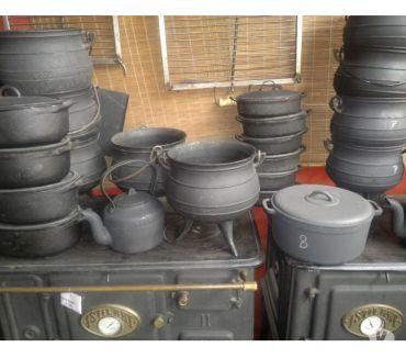 Fotos de Cacerolas y ollas de fundicion de hierro