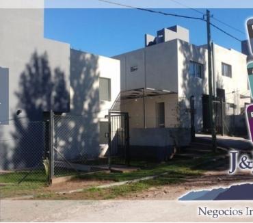 Fotos de Vendo duplex en Juana Koslay