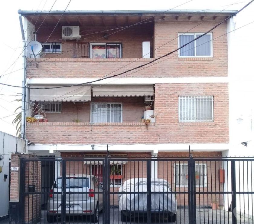 Venta de Casas Gran Buenos Aires San Martín - Fotos de VENTA Depto 2 amb con cochera en Villa Ballester