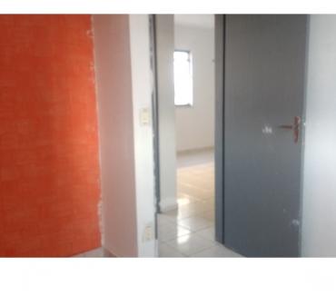 Fotos para Alugo casa de 02 qts ligue: 61-98665-0562