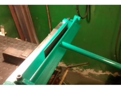 Fotos para Viradeira, dobradeira de chapas manual -600mm –VGMEC