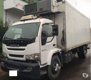 Fotos para caminhão Iveco Vertis 130V18 ano toco Câmara Fria Gancheira