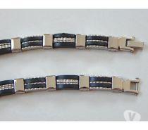 Fotos para Pulseira Bracelete de Aço com Silicone 102