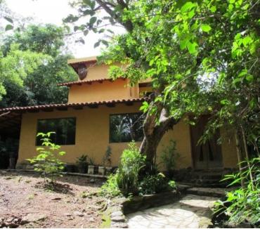 Fotos para Chácara em Pirenópolis- 2 casas- 2 hectares- 4 km da cidade.