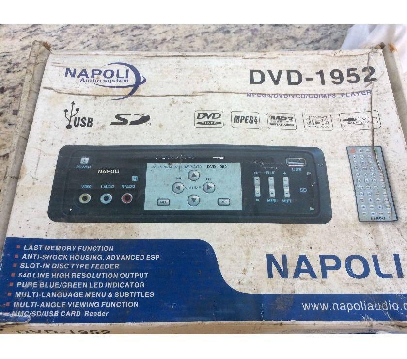 Fotos para Som Automotivo, De Carro DVD Napoli 1952, Bem Conservado!