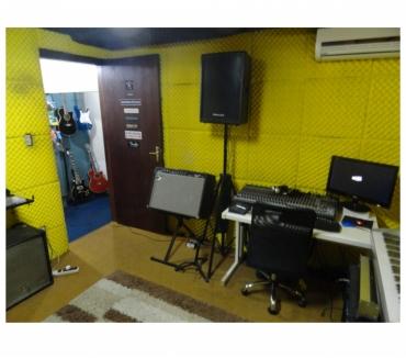 Fotos para Estúdio de Ensaio em Blumenau-SC (Bairro Velha Central)