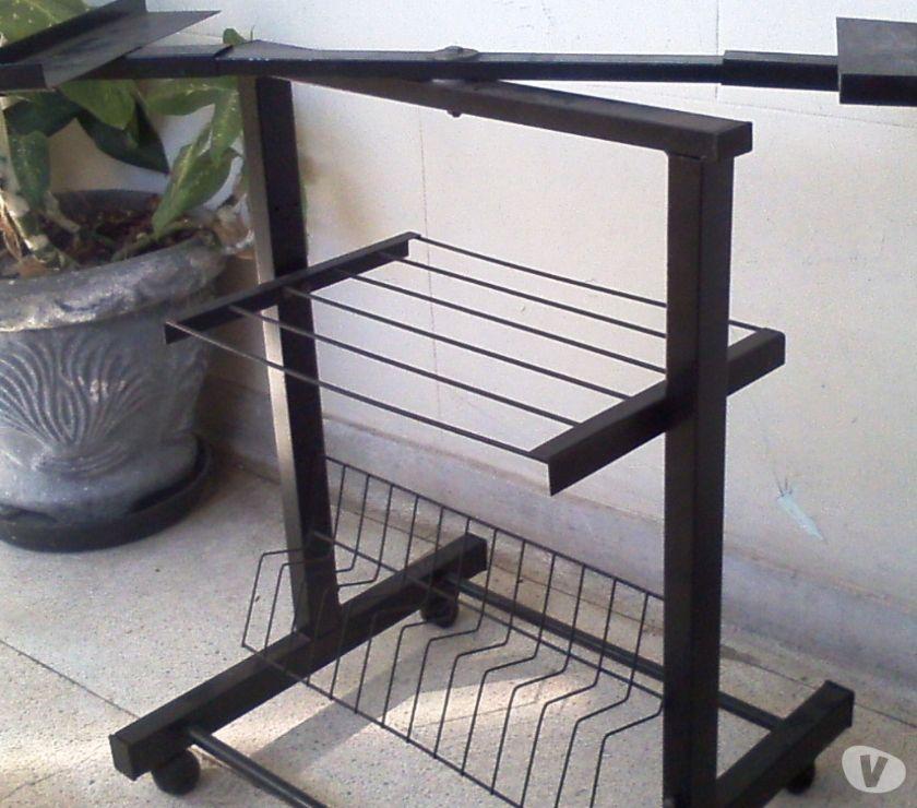 Fotos para Rack Ajustavel Antigo para TV em Ferro Preto