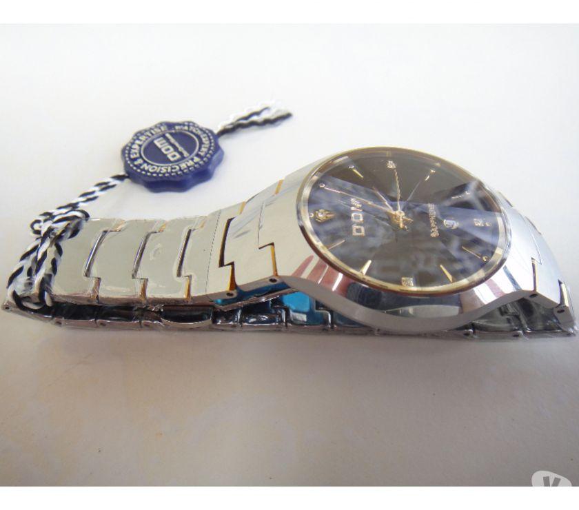 Fotos para Relógio de Luxo & Resistência