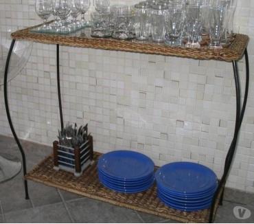 Fotos para Aparador em Junco com Vidro sobre a base superior e Junco