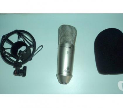 Fotos para Microfone behringer B1