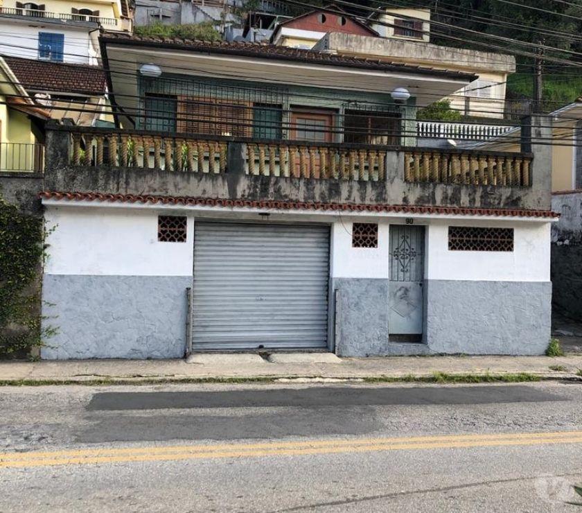 Apartamentos a venda Petropolis RJ - Fotos para CASA CASTELANEA ÓTIMO LOCAL, BEIRA DE RUA PRINCIPAL