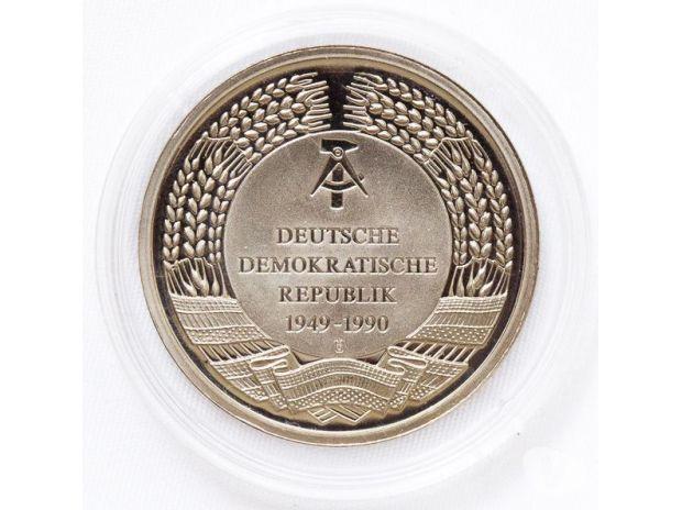 Fotos para Medalha DDR Ein Kessel Buntes die 3 Dialektiker Friedrichsta