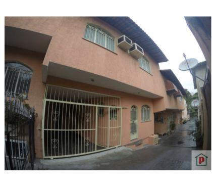 Fotos para Casa de 3 quartos em vila, com garagem - Cascadura