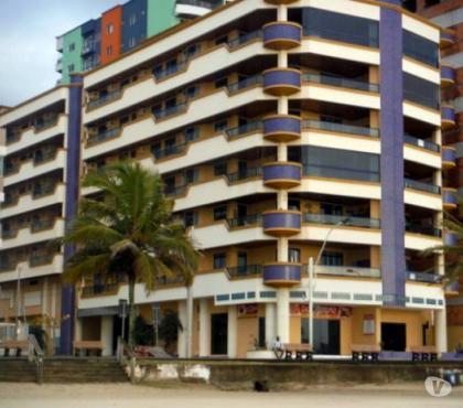 Fotos para Apartamento 3 Quartos c/ ar a 30 mts da praia - Meia Praia