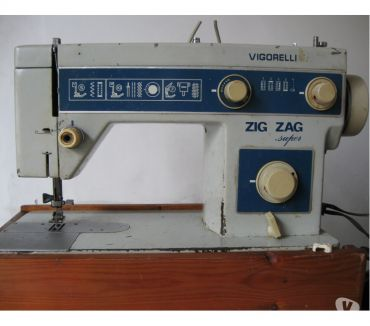 Fotos para Antiga máquina de costura Vigorelli Zig Zag Super