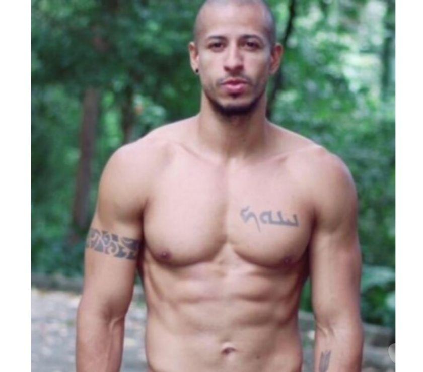 Acompanhantes masculinos Sao Paulo SP Jardim Paulista - Fotos para Ravi Massagem Tântrica