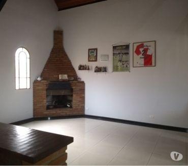 Fotos para Casa com 04 quartos no B. Camargos, em BH