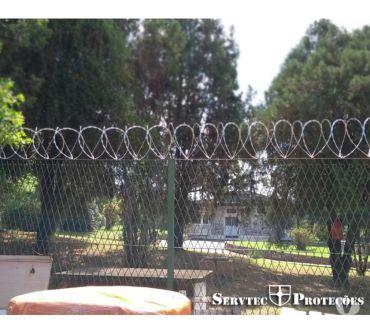 Fotos para Cerca concertina flat com dupla barreira de proteção