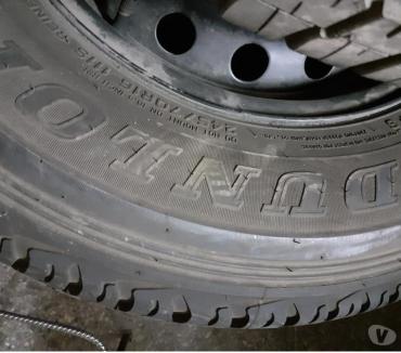 Fotos de 4 Neumáticos Dunlup 245-70-R16, están como nuevos