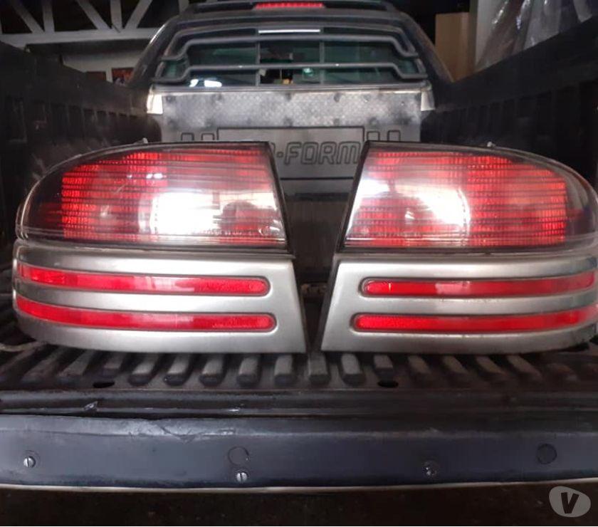 Accesorios para Autos Santiago Santiago - Fotos de 2 focos traseros completos linea Chrysler llegar e instalar