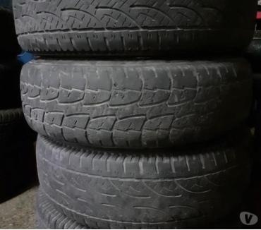 Fotos de 4 llantas magnesio y neumáticos 245-70-R 16 Mitsubishi L200