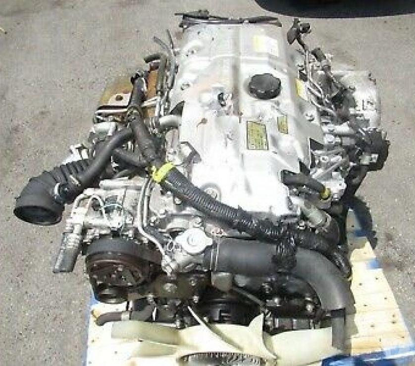 Accesorios para Autos Santiago Santiago - Fotos de Mitsubishi Fuso Canter 4M50-4AT4 Diesel Motor Turbo 6 veloci