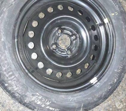 Fotos de Neumático con llanta Nissan Kicks 205-60-R-16