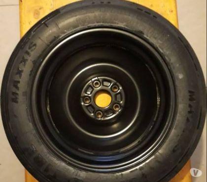 Fotos de Neumático con llanta compacto Suzuki Vitara T-135-90-16