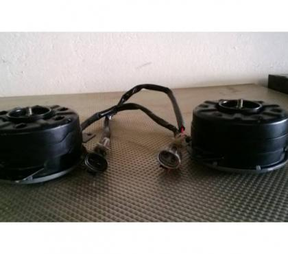 Fotos de 2 motores de Electroventiladores nuevos para la linea Subaru