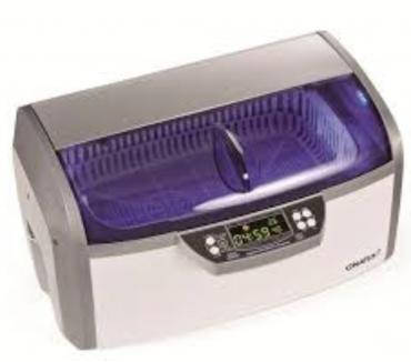 Fotos de tecnicos en lavadoras ultrasonicas y molinillos de sal