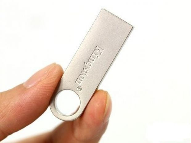 Fotos de MEMORIA USB 16 GB KINGSTON ORIGINAL SELLADA