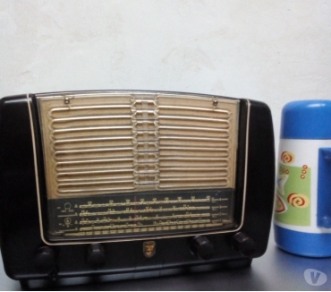Fotos de radio antiguo marca philips holland .