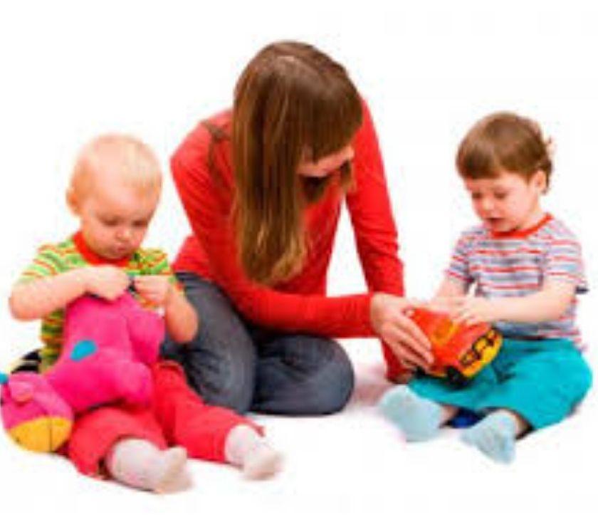 Fotos de se cuidan niños a domicilio