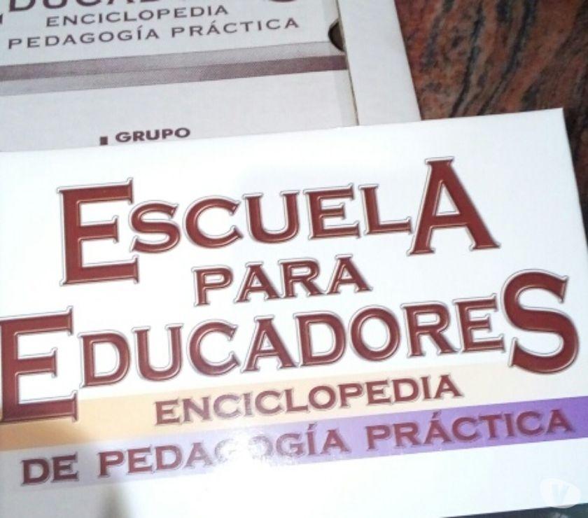 Fotos de 2 enciclopedias