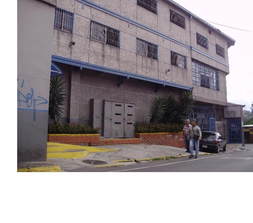 Fotos de Excelente Edificación en venta en Los Teques, mls# 14-8759
