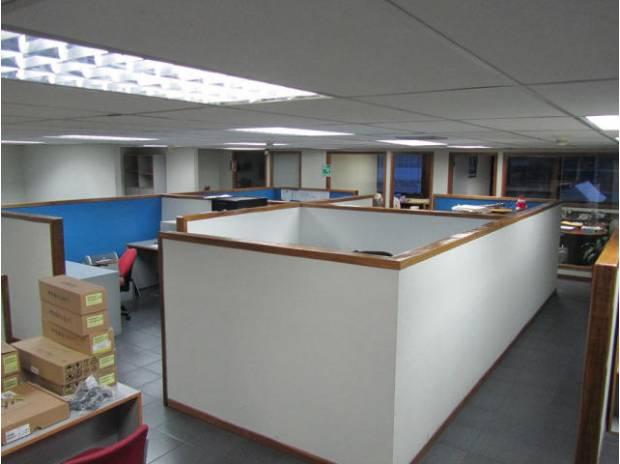 Fotos de Oficina en Venta en Los Cortijos, MLS# 14-4548