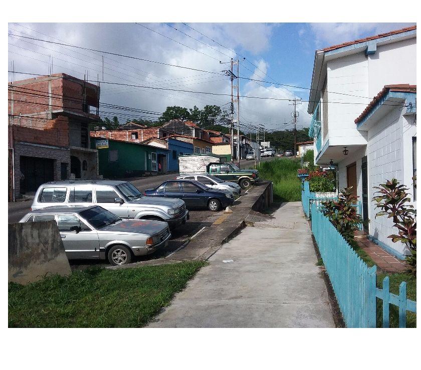 Fotos de Hermosa casa familiar en el sector SANTA TERESA.