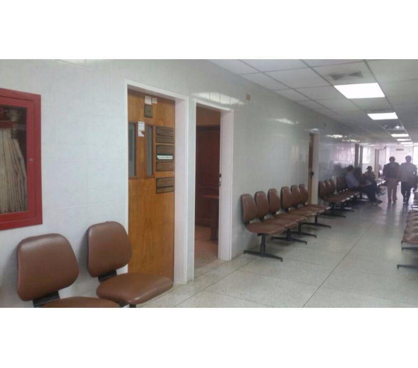 Fotos de Inmobipiña vende Consultorio en Clinica Chilemex