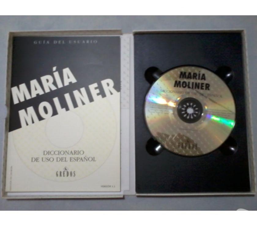 Fotos de Diccionario de Uso del Español MARIA MOLINER