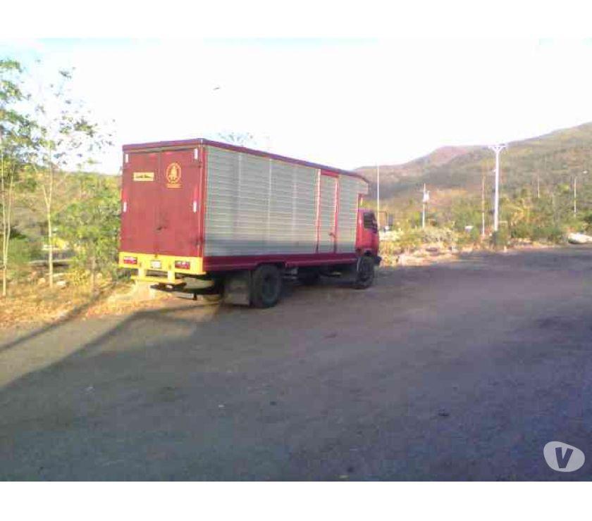 Fotos de camion amplio para mudanzas y fletes para todas partes de ve