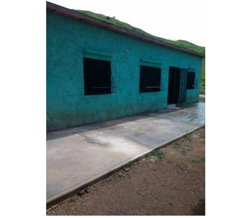 Fotos de SE VENDE FINCA DE 2 HECTAREAs CON 120 METROS DE CONSTRUCCION