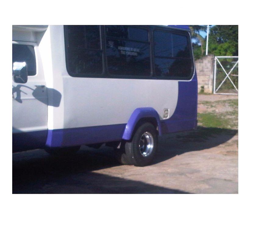 Fotos de vendo doger ram van autobus motor 360 ram 22 puesto