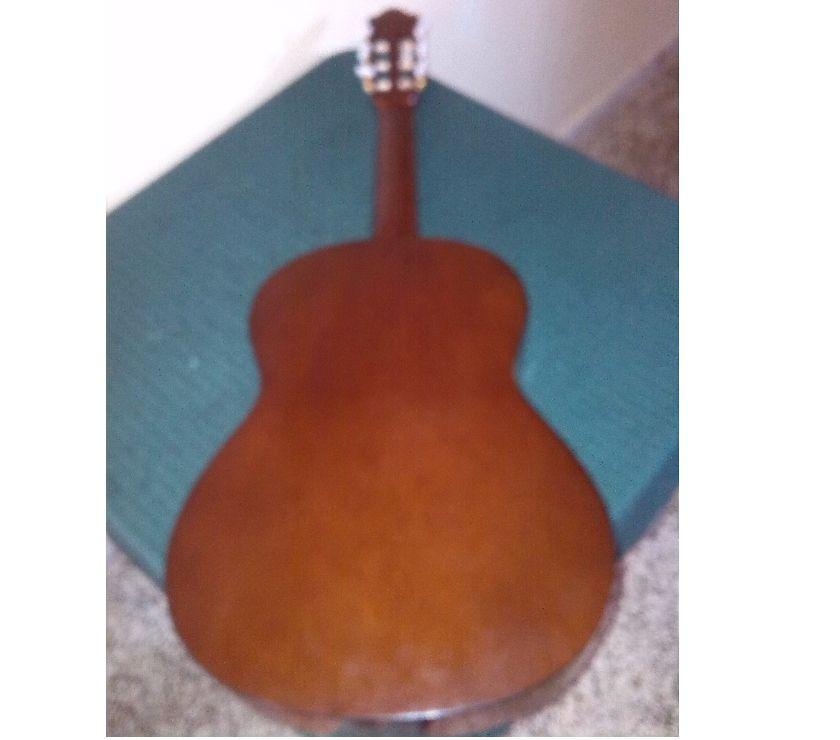 Fotos de Vendo O Cambio Guitarra C-70 Yamaha