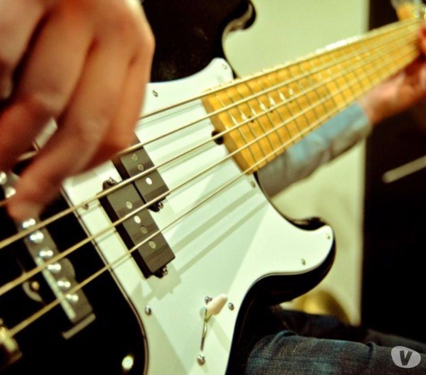 Fotos de Curso de Guitarra y bajo a domicilio en Maracay