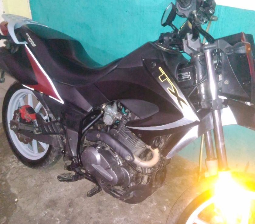 Fotos de Moto TX 200 2010 Buenas condiciones