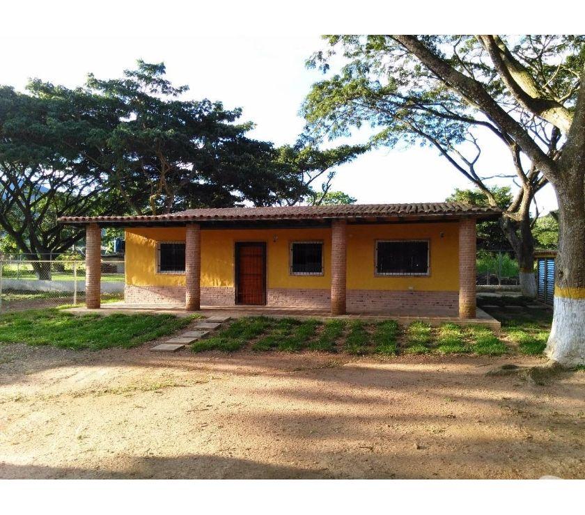Fotos de SKY GROUP Vende Hermosa Casa de Campo a Estrenar en Aguirre