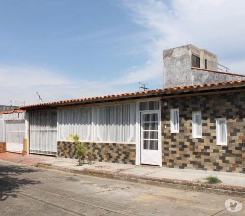 Fotos de CASA EN VENTA EN URB LAS MAGNOLIAS SAN CARLOS CHC-042